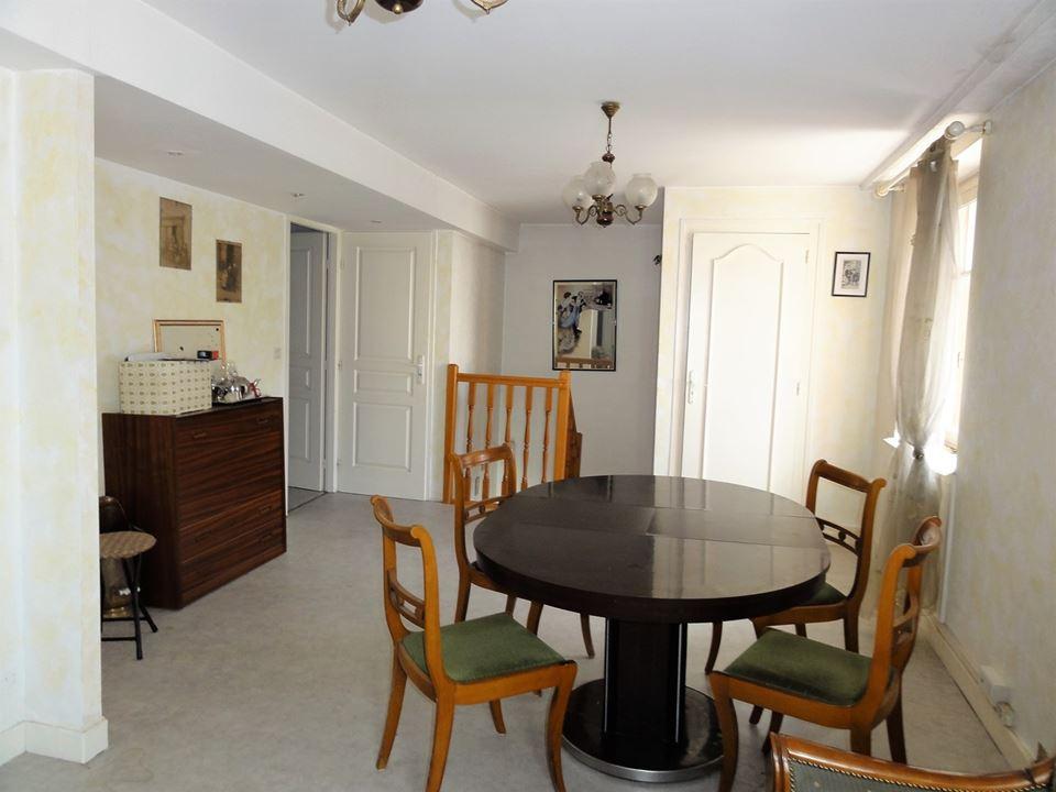D tails de la maison vendre 375 exclusivit immobili re for Offre de prix maison